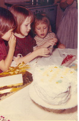 My Bday Mar 1963 Caye,Cindy,Tammy