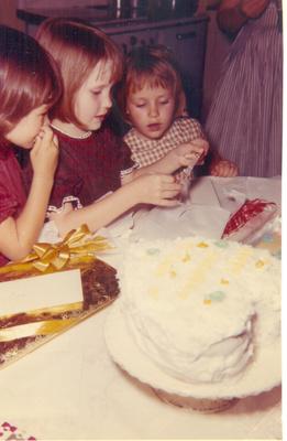 My Bday Mar 1963 Caye,Cindy,Tammy