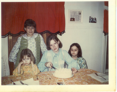 Tammy,CindyLaurie,Heather 3-29-70 My 13thbday