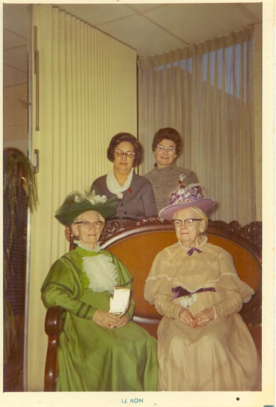 Hazel,Bernice,Katie,Maggie 11-21-71